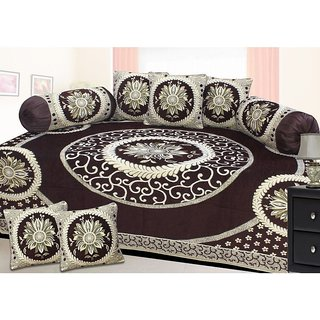 Shiv kirpa Beautifull Velvet Diwan Set Pack Of 8