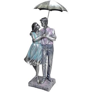 Paras Magic Couple Showpiece with Umbrella(4.25x3.75x15.25)