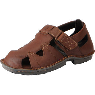 8a0c6cc01c8 Buy Hush Puppies Men s Tan Genuine Leather Floaters and Sandals ...