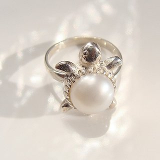 97d4d5dcd 4.5 carat Pearl / Moti Kachua Ring / Turtle ring Natural unheated Original  stone silver ring
