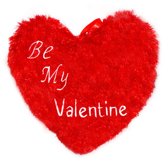Planet of Toys Valentine Gift Heart Shape Pillow with Be My Valentine Quotes - Red (14 x 14 inch)