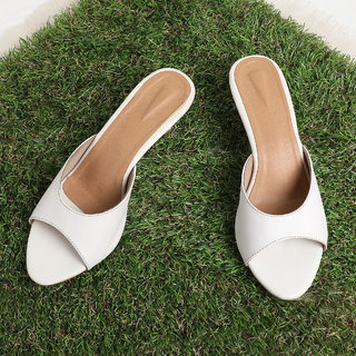 Sindhi Footwear Women's White Synthetic Leather Sandals