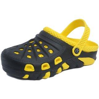 8f5376e79 Buy Svaar Black and Yellow Men s Crocs Online - Get 25% Off