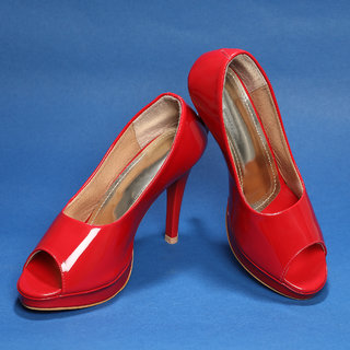 Sindhi Footwear Women's Red Synthetic Leather Bellies