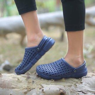 ed2bdeebb Buy Svaar Designer Navy Blue Men s Crocs Online - Get 65% Off