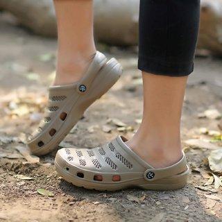 ee265e359 Buy Svaar Comfy Khaki Men Clog Crocs Online - Get 65% Off