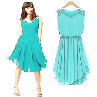 Klick2Style Diamond Pleated V neck Asymmetrical Dress Turquoise color