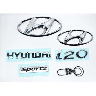 Hyundai i20 Sportz New Model Hyundai Emblem and a Hyundai Hook Keychain