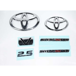 DaTeeN Premium Quality Toyota INNOVA 2.5 INTERCOOLER V Emblem  a Toyota Hook Keychain