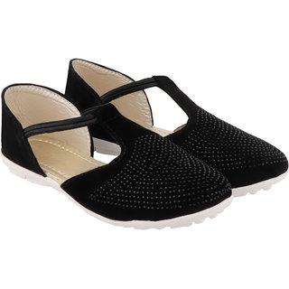 Do Bhai Women Black Casual Sandal