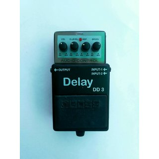 BOSS DD-3 Digital Echo Delay Efect with 9 volt adopter