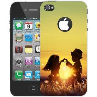 Ezellohub **Couple** Printed  Hard Mobile Back Cover Case for Iphon 4