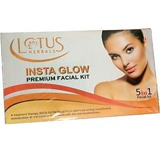 Lotus Herbals Insta Glow Premium facial kit
