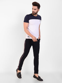 CNC Men Jeans With Contrast Stripe Black