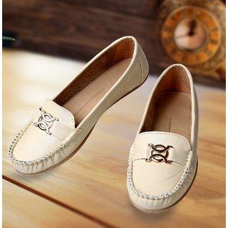 Catbird Women Cream Loafers