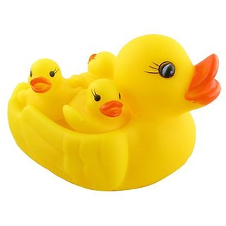 Duck Family Baby Bathing Toys 4 Set Yellow Rubber Squeaky Lovely Ducklings
