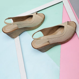 Sindhi Footwear Women's Beige Rexin Casual Heel Sandals