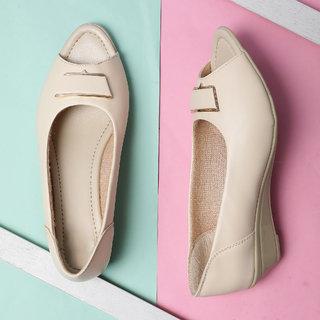 Sindhi Footwear Women's Cream Rexin Office Ballerinas