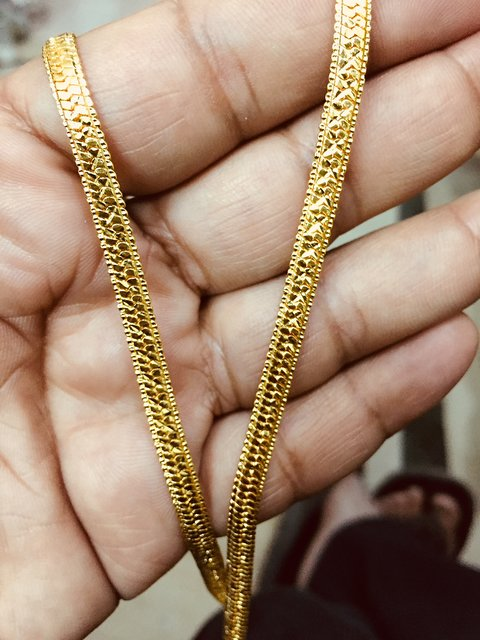 b9cf0e8627c96 22kt Gold Plated Beautiful Designer Chain for men/women Daily Wear/20 Inch  long 4 mm Thick