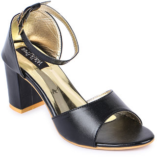 Walkfree Casual Black Sandals